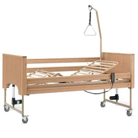 letto per anziani letto disabili e anziani da degenza elettrico in legno siesta