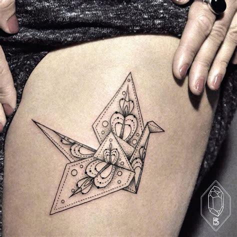 london tattoo line work les tatouages minimalistes de bicem sinik inkage