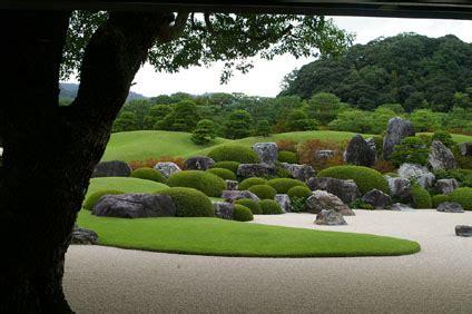 adachi museum  art yasugi japanese art  gardens