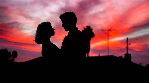 wallpaper couple lovers silhouette sunset romantic