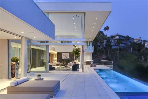 hollywood mansions exquisite hollywood mansion captures the picturesque views