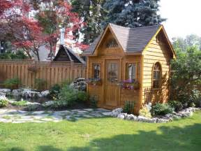 5 admirable small wooden garden sheds