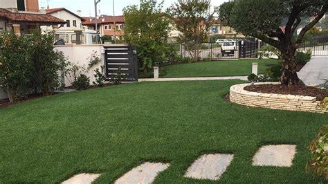 idea giardini idea giardino realizzazione giardini in erba sintetica a