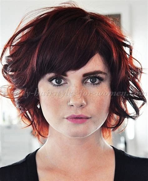 short hair cuts for curly hair on women with square jaw short wavy hairstyles wavy short hairstyle trendy