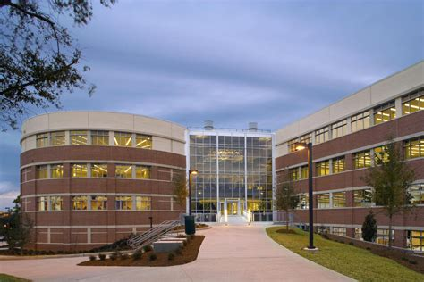 design and manufacturing uf university of west florida s new school of science and