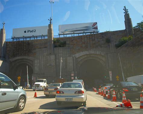 lincoln tunnel entrance apple ipad2 billboard lincoln tunnel entrance weehawken