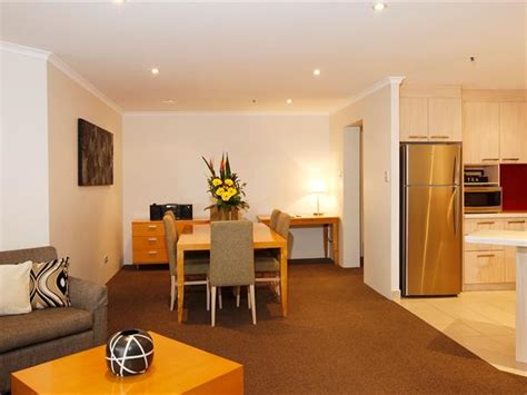sydney 3 bedroom apartments deluxe 2 bedroom apartments sydney the york by swiss
