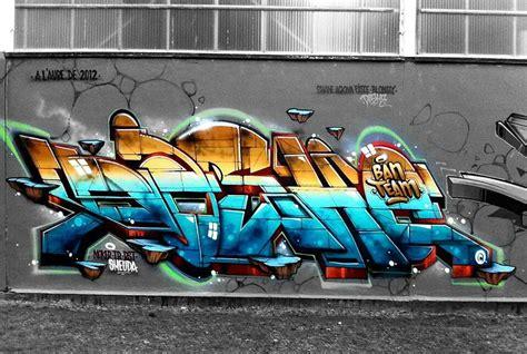graffiti wall tag street art