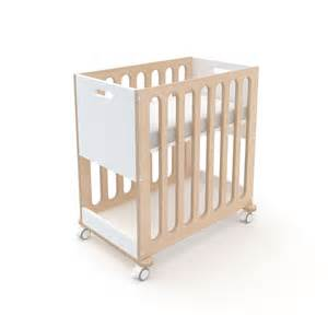 fawn crib and bassinet at liapela