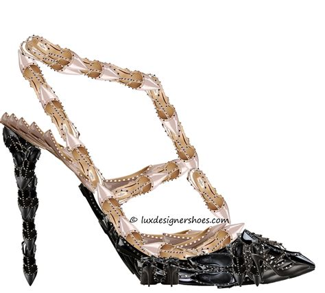 shoe review valentino shoes www pixshark images galleries with a bite