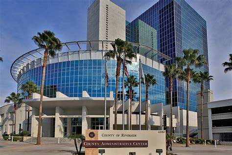 Riverside County Office by Riverside County Takes Gis To The Next Level Arcnews