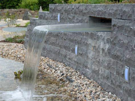 Garten Wasserfall