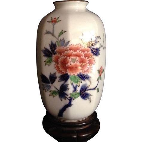 japanese arita 深川 fukagawa porcelain vase from