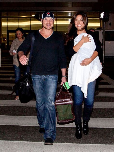 Minnillo And Nick Lachey Are Shacking Up by Nick Lachey And Minnillo At The Airport Zimbio