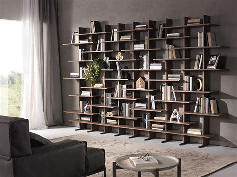 librerie di design per casa 5 librerie rendono unico l arredamento della tua casa