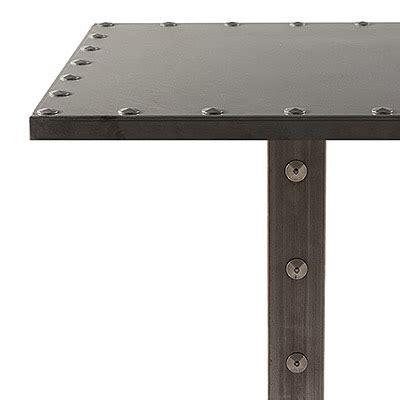 tavoli ferro tavolo in ferro con borchie arredo contract vela