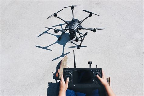 designboom drone yuneec and intel create the psychic typhoon h drone