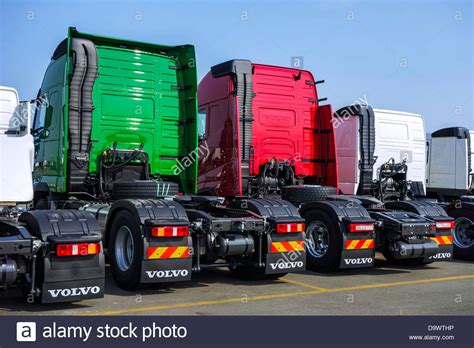 volvo truck manufacturing plants 100 volvo truck pictures free dump truck wikipedia