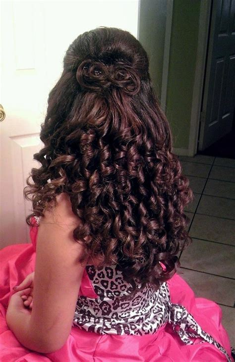 quinceaneras hairstyles curls quinceanera hair curls and a quot hair bow quot nail hair