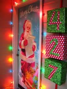 apartment door christmas decorating contest ideas decorating contest winners photograph cherry hil
