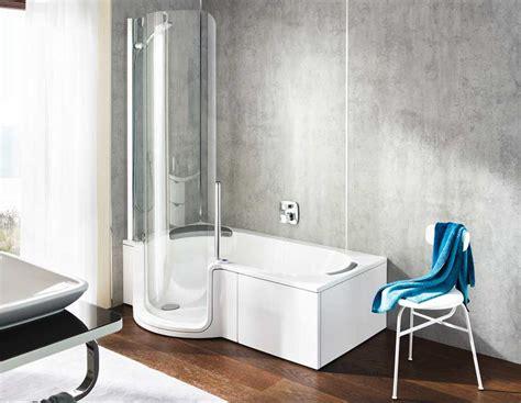 schiebetür für badewanne badewannen abtrennung design