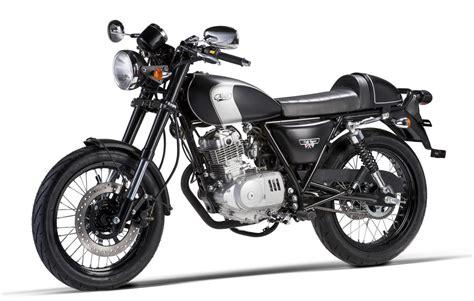Mash 125 Motorrad Test by Mash Gibt Gas Zwei Kleine Caf 233 Racer Und Eine Enduro