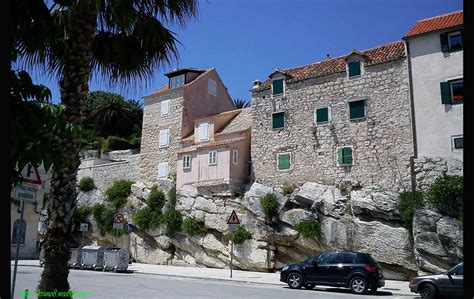 Split Houses by Tomica Stine Houses Built On Raw Rocks Croatia Times