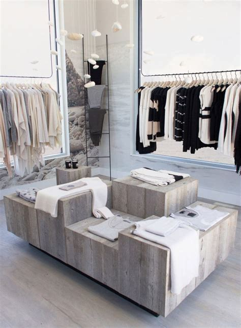 malibu clothing stores 25 best ideas about retail store displays on