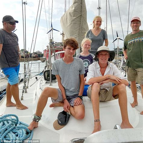 boat timeshare seattle seattle family live on a boat for ten years after jacking