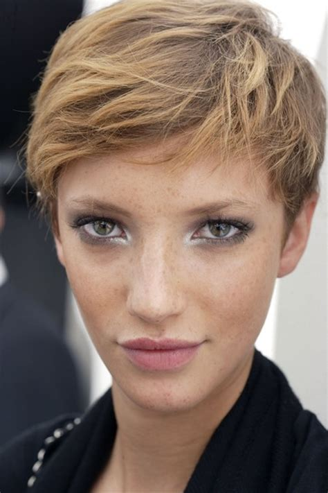 feathered pixie cuts 12 best short haircuts for 2015 pretty designs