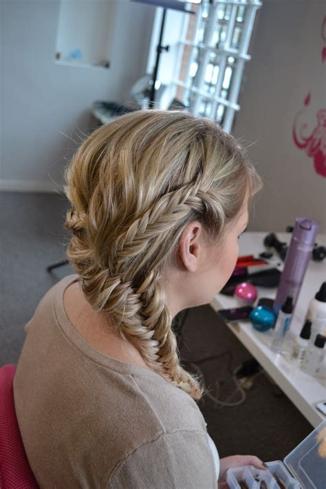 Wedding Hairstyles Plaits by Wedding Hair With Plaits Braids For Festival