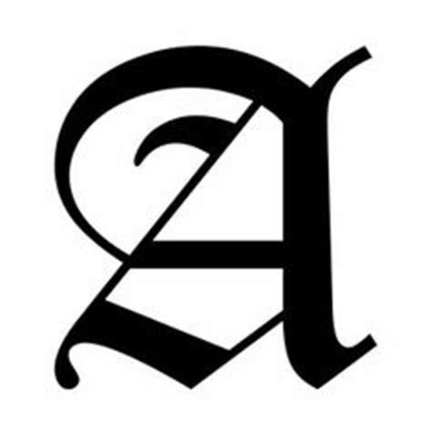 stile lettere per tatuaggi oltre 1000 idee su tatuaggio lettera j su