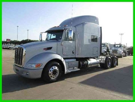 peterbilt 386 2013 sleeper semi trucks