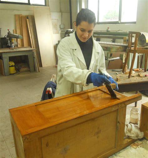 corsi di restauro mobili corso di restauro mobili