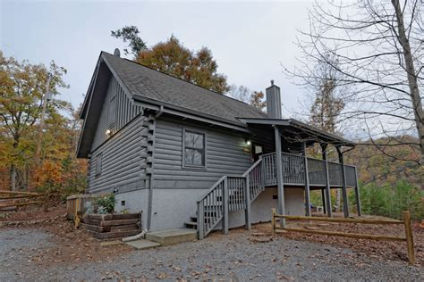 2 bedroom cabins in pigeon forge fireside chalet and cabin rentals tennessee pigeon forge