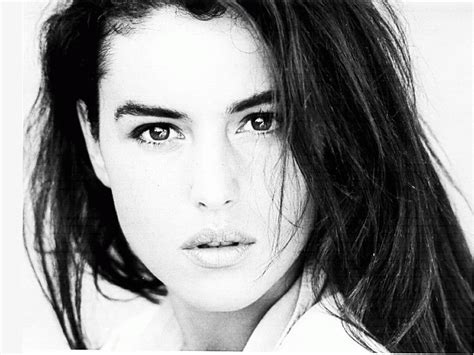 monica bellucci rising sign asc aspects and appearance astrologers community