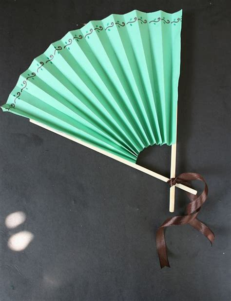 How To Make A Paper Folding Fan - best 25 paper fans ideas on paper rosettes