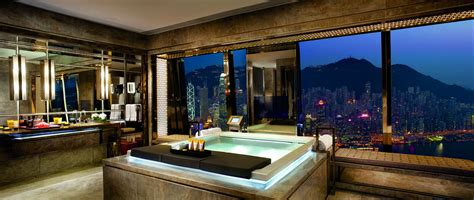 ritz carlton suite victoria harbour  ritz