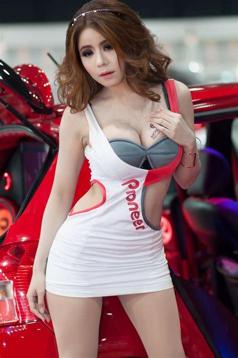 Segiempat Aprilia gambar profil singkat model cantik rini lovelyluna