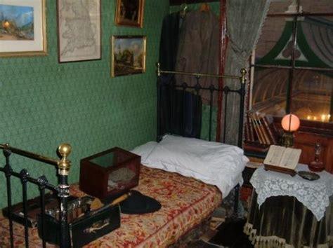 sherlock inspired bedroom sherlock holmes bedroom www redglobalmx org