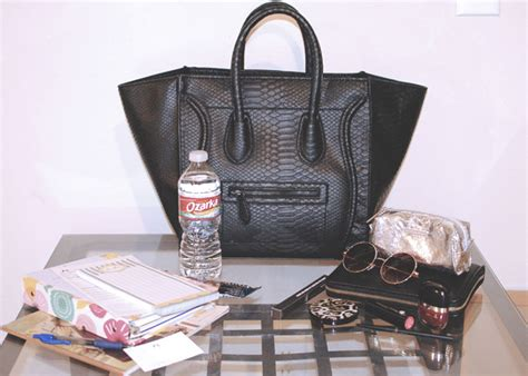 Snapshot Bag Black White Editions Y1810 what s in my bag