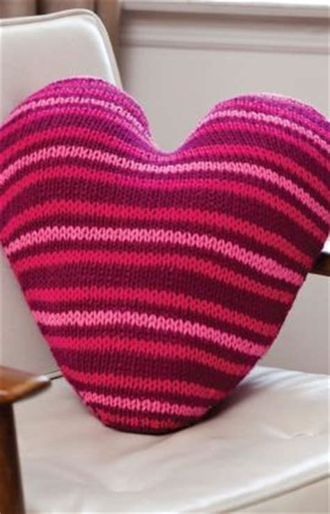 knitting pattern heart pillow more hearts to knit 27 free patterns grandmother s