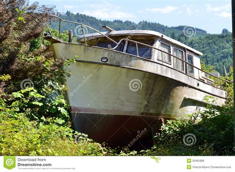 old boat vector free old fishing boat on dry land royalty free stock photos