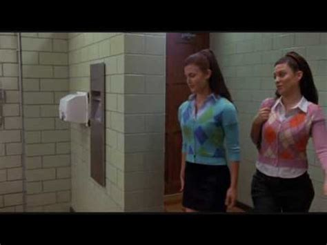 Explodes In Bathroom Stall escuchar musica gratis ccoli musica