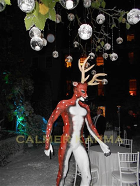 themed party entertainers christmas party entertainment from calmer karma