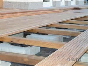 holz terrasse holzterrasse wird verlegt baublog alexey