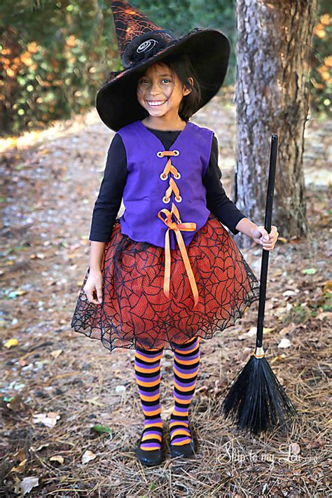 Handmade Witch Costume - no sew witch costume skip to my lou