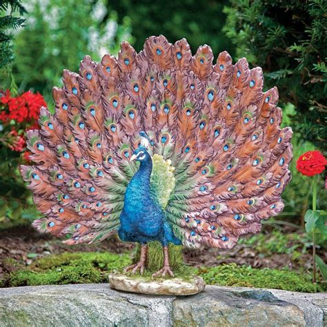 Peacock Garden Decor by Stunning Peacock Garden Statue Garden Decor And Ideas