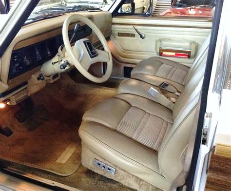 1990 jeep wagoneer interior 1990 jeep grand wagoneer classiccars com journal