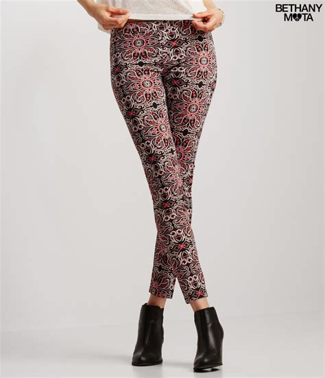 aeropostale pattern leggings a 233 ropostale paisley leggings in purple lyst